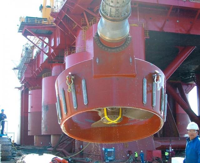 Extracción de la hélice de una plataforma