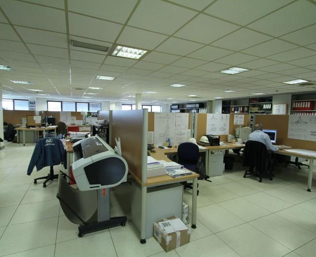 Oficina ingenieria Zamakona Yards
